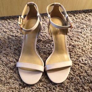 Michael Kors light pink sandals